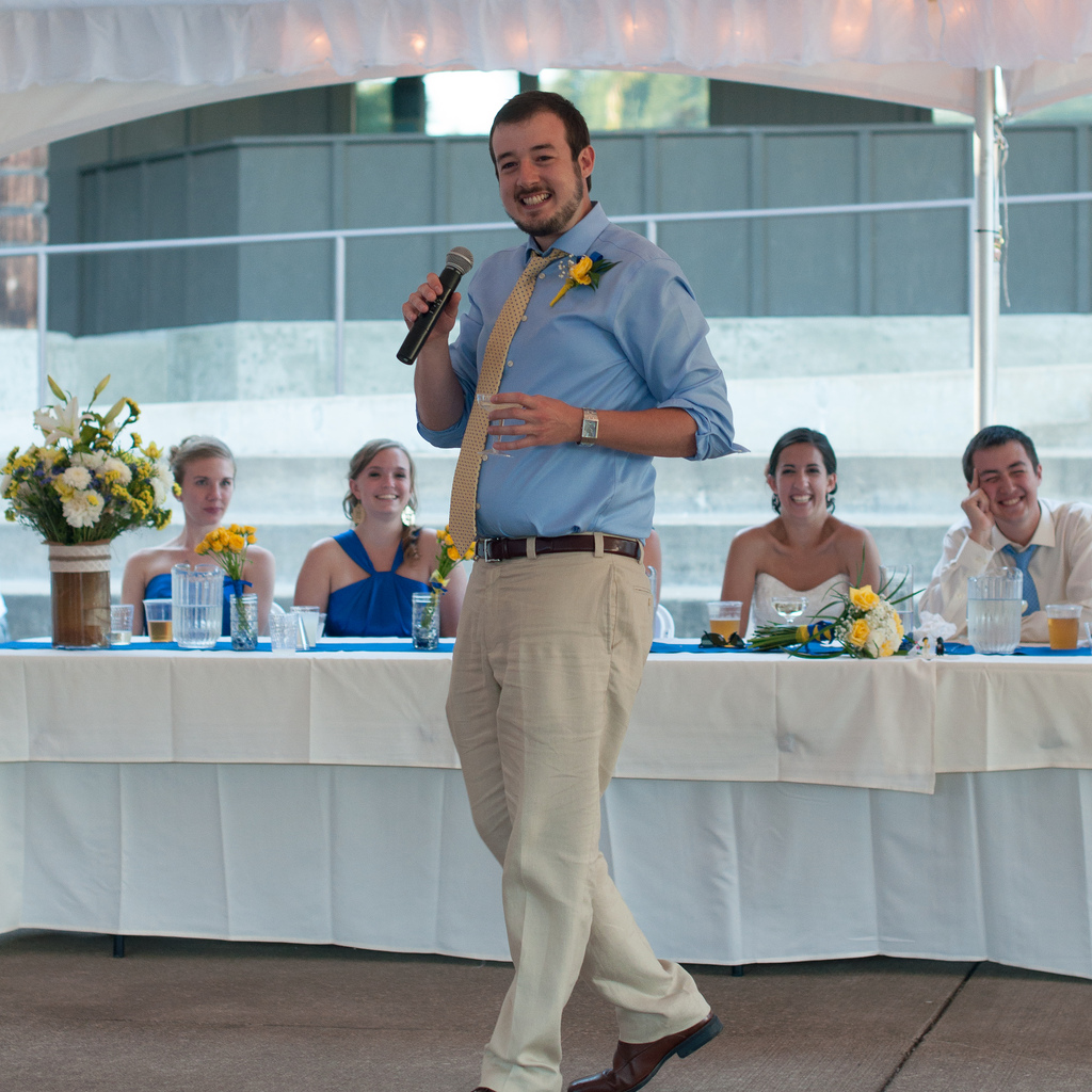 5 Dos And Don'ts For Writing A Wedding Speech
